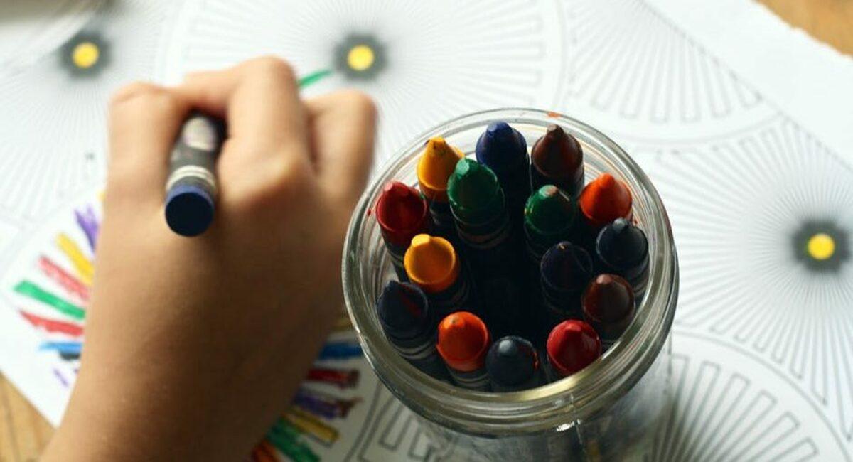 crayons-coloring-book-coloring-book-159579-e1495530813234