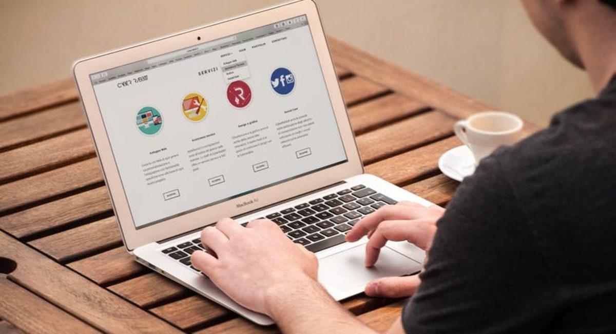 computer-e-learning-e1494230317730